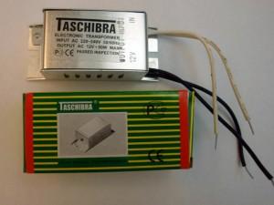 Удар 220 вольт от спотов в подвесном потолке.