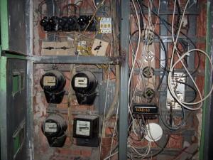 Порядок замены старого электросчетчика в квартире на двухтарифный.